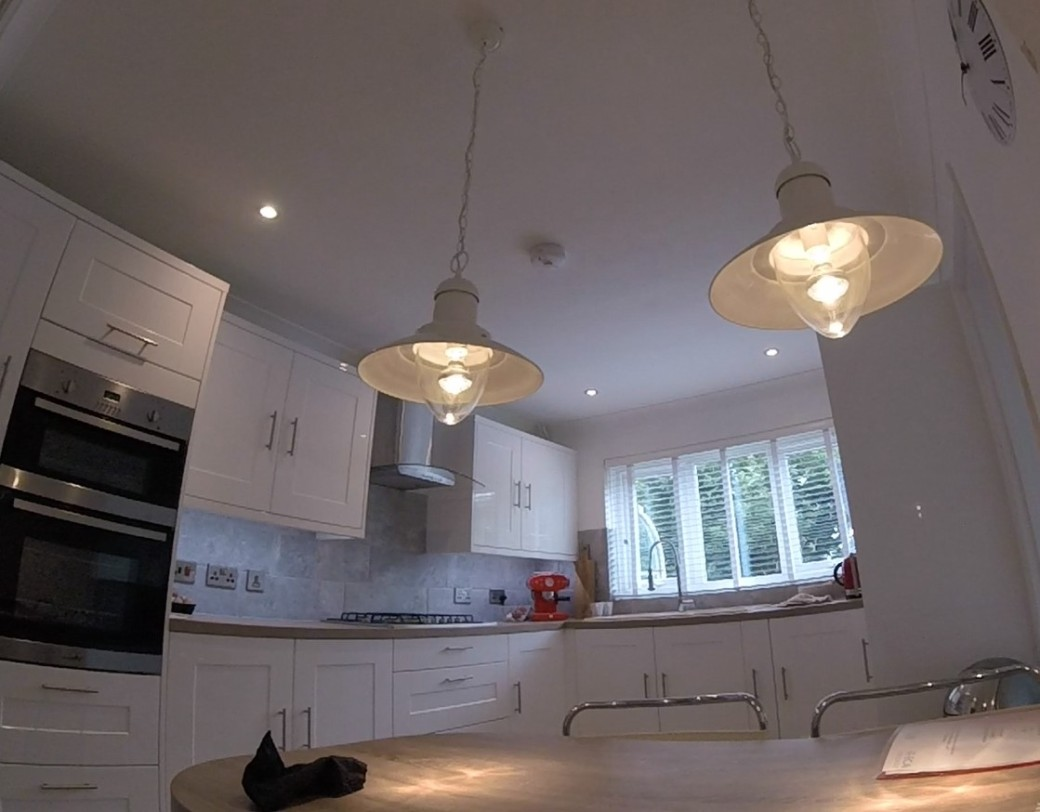 two-lights-it-kitchen